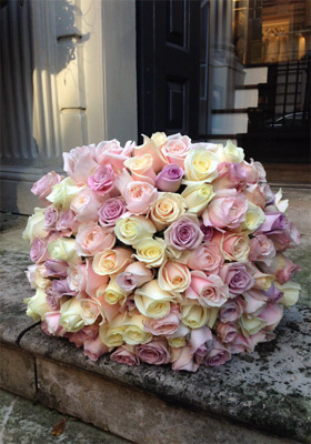 Jen Jakobsen Floral Construction: Home page - special weddings - multi coloured rose posy